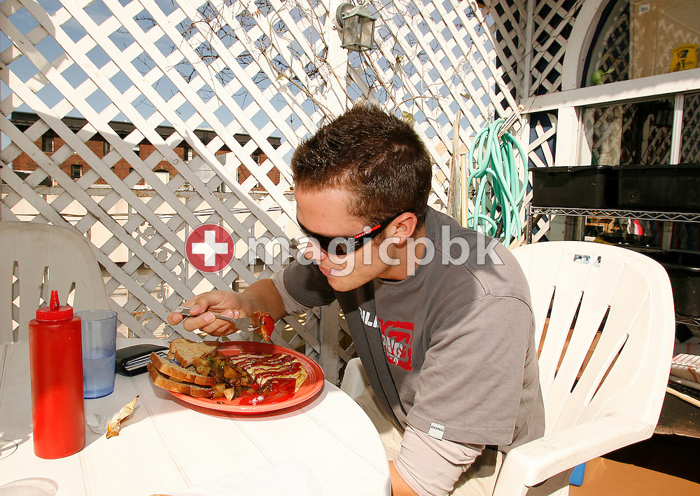 Swimmer and CAL student Dominik MEICHTRY of Switzerland is having breakfast in a Mexican restaurant in Berkeley, California, USA, Wednesday, April 4, 2007. (Photo by Patrick B. Kraemer / MAGICPBK)