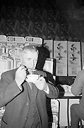 08/02/1963<br /> 02/08/1963<br /> 08 February 1963<br /> Erin Soups introduced to the Irish Market, at the Gresham Hotel Dublin. The Erin Foods Division of Comhlucht Siucre Eireann Teo (Irish Sugar Co. Ltd.) announced the launching of their new Erin Soups at the press conference. Lieut.-Gen. M.J. Costello trying some of the new soup at the conference.