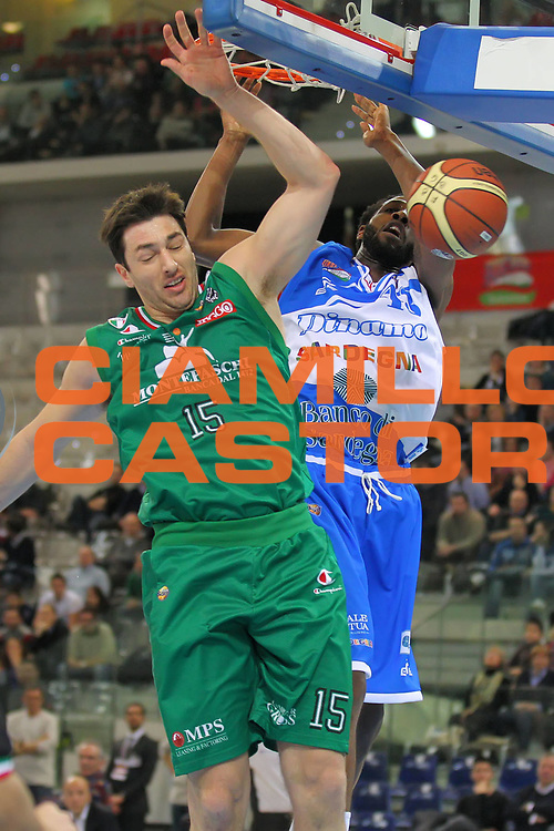 DESCRIZIONE : Torino Coppa Italia Final Eight 2012 Quarto di Finale Montepaschi Siena Banco di Sardegna Sassari<br /> GIOCATORE : Tony Easley<br /> SQUADRA : Banco di Sardegna Sassari<br /> EVENTO : Suisse Gas Basket Coppa Italia Final Eight 2012<br /> GARA : Montepaschi Siena Banco di Sardegna Sassari<br /> DATA : 16/02/2012<br /> CATEGORIA : tiro schiacciata<br /> SPORT : Pallacanestro<br /> AUTORE : Agenzia Ciamillo-Castoria/ElioCastoria<br /> Galleria : Final Eight Coppa Italia 2012<br /> Fotonotizia : Torino Coppa Italia Final Eight 2012 Quarto di Finale Montepaschi Siena Banco di Sardegna Sassari<br /> Predefinita :
