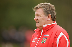 CARDIFF, WALES - Monday, October 13, 2008: Wales' manager John Toshack MBE during training at the Vale of Glamorgan Hotel ahead of the 2010 FIFA World Cup South Africa Qualifying Group 4 match against Germany. (Photo by David Rawcliffe/Propaganda)