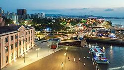 Reveillon 2019 na Orla Moacyr Scliar em Porto Alegre. O Parque Urbano da Orla do Lago Guaíba, foi projetado pelo arquiteto Jaime Lerner, um dos cinco urbanistas mais influentes do século 20. A nova área de lazer e contemplação dos porto-alegrenses tem 1,3 quilômetros e fica entre a Usina do Gasômetro e a Rótula das Cuias.  FOTO: Jefferson Bernardes/ Agência Preview