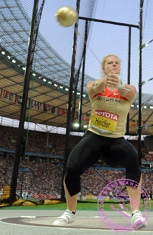 BETTY HAIDLER (GERMANY) COMPETES IN HAMMER THROW WOMEN FINAL ON THE OLYMPIC STADION ( OLIMPIASTADION ) DURING 12TH IAAF WORLD CHAMPIONSHIPS IN ATHLETICS BERLIN 2009..BERLIN , GERMANY , AUGUST 22, 2009..( PHOTO BY ADAM NURKIEWICZ / MEDIASPORT )..PICTURE ALSO AVAIBLE IN RAW OR TIFF FORMAT ON SPECIAL REQUEST.
