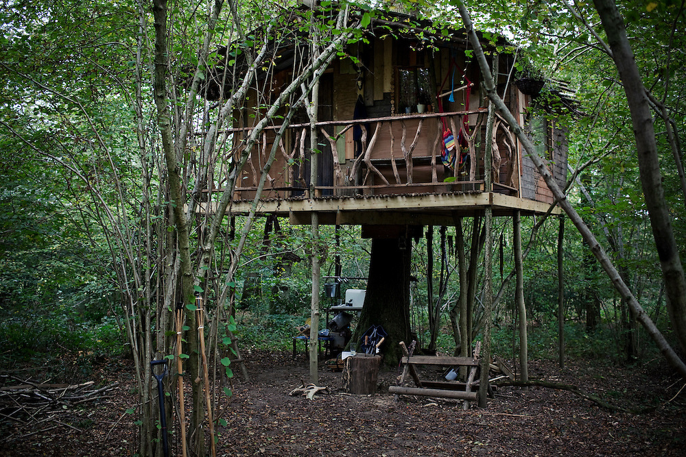 Nick Weston, author of the treehouse diaries, during his six month stay in the treehouse he built on the South Downs, England.