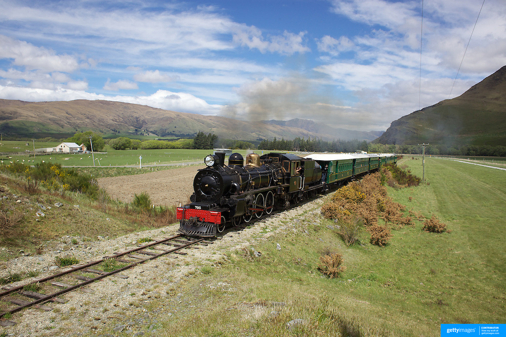 The Kingston Flyer vintage steam train at Saturday's relaunch of the historic locomotives at Fairlight near Queenstown, Central Otago, New Zealand, 29th October 2011. Photo Tim Clayton...