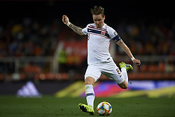 March 23, 2019 - Valencia, Valencia, Spain - Stefan Johansen of Norway shooting to goal during the 2020 UEFA European Championships group F qualifying match between Spain and Norway at Estadi de Mestalla on March 23, 2019 in Valencia, Spain. (Credit Image: © Jose Breton/NurPhoto via ZUMA Press)