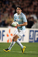 Rugby World Cup, France v Argentina, 19 October 2007. Ignacio Corleto with ball in hand the Parc des Princes, Paris, France. Friday 19 October 2007. Photo: Ron Gaunt/Sportzpics.net