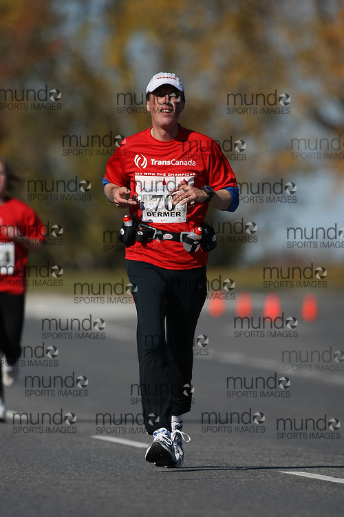 (Ottawa, ON---18 October 2008) MARK DERMER competes in the 2008 TransCanada 10km Canadian Road Race Championships. Photograph copyright Sean Burges/Mundo Sport Images (www.msievents.com).
