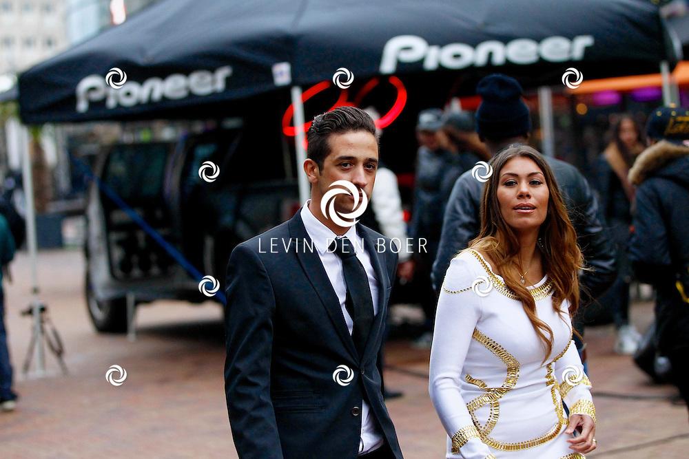 AMSTERDAM - Bij Pathe ArenA is de film 'Fast & Furious 6' in premiere gegaan. Met op de foto  Yesser Roshdy beter bekend als Yes-R met zijn vrouw Cheyen. FOTO LEVIN DEN BOER - PERSFOTO.NU