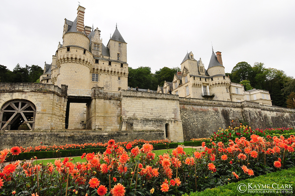 Château d'Ussé is located near the towns of Chinon and Azay le Rideau at the edge of the Chinon forest nestled in the Indre and Loire Valleys in northwestern France. The château overlooks the Indre River and is also positioned near the local attractions of the Loire Valley.