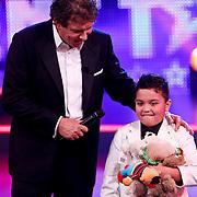 NLD/Hilversum/20100910 - Finale Holland's got Talent 2010, Kim en Robert ten Brink