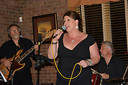 Live at Red Oak Grille