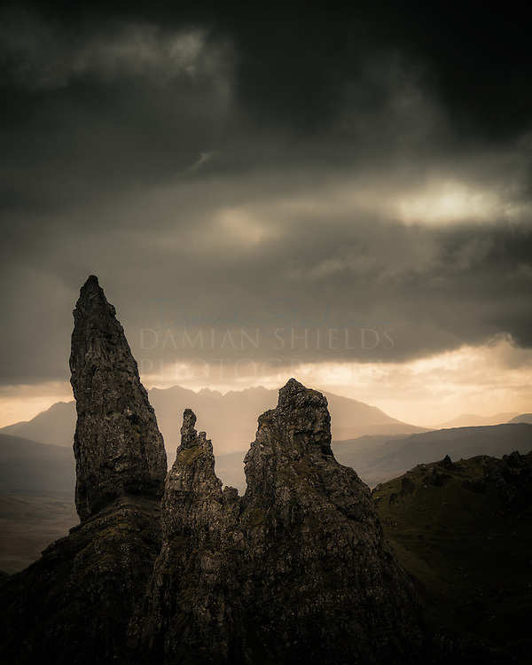 One from a trip to Skye in 2010.'The old man' is one of those 'rites of passage' locations for every landscaper should visit. Look closely and you can see the faces of the old men having a theosophical discussion