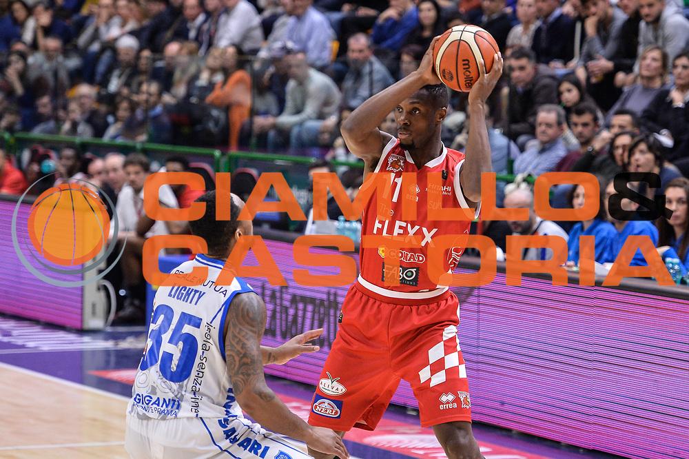 Eric Lombardi<br /> Banco di Sardegna Dinamo Sassari - The Flexx Pistoia Basket<br /> Legabasket Serie A LBA Poste Mobile 2016/2017<br /> Sassari 04/03/2017