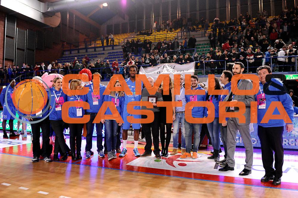 DESCRIZIONE : Mantova LNP 2014-15 All Star Game 2015 - Partita<br /> GIOCATORE : Eric Lombardi<br /> CATEGORIA : premiazione<br /> EVENTO : All Star Game LNP 2015<br /> GARA : All Star Game LNP 2015<br /> DATA : 06/01/2015<br /> SPORT : Pallacanestro <br /> AUTORE : Agenzia Ciamillo-Castoria/&igrave;M.Marchi<br /> Galleria : LNP 2014-2015 <br /> Fotonotizia : Mantova LNP 2014-15 All Star Game 2015