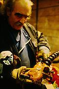Jean Tinguely, (22.5.1925 La Roche; FR - 30.8.1991 Bern). Einer der wichtigsten Schweizerischer Bildhauer und Objektkünstler des 20 Jahrhunderts, Gründungsmitglied der Nouveaux Réalistes. Schöpfer monumentaler kinetischer Plastiken wie z. B. die sich selbst zerstörende Plastik «Hommage to New York». Er arbeitete auch mit seiner Frau Niki de Saint-Phalle zusammen, wie z. B. beim Strawinsky-Brunnen in Paris (1983).. © Romano P. Riedo | fotopunkt.ch...