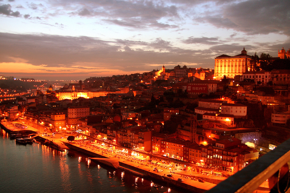 Praça da Ribeira from The Ponte Dom Luis I