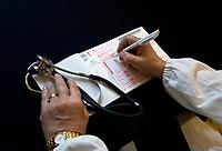 MEDICO DI BASE RICETTARIO STETOSCOPIO <br /> PRESCRIPTION BOOKLET STETHOSCOPE