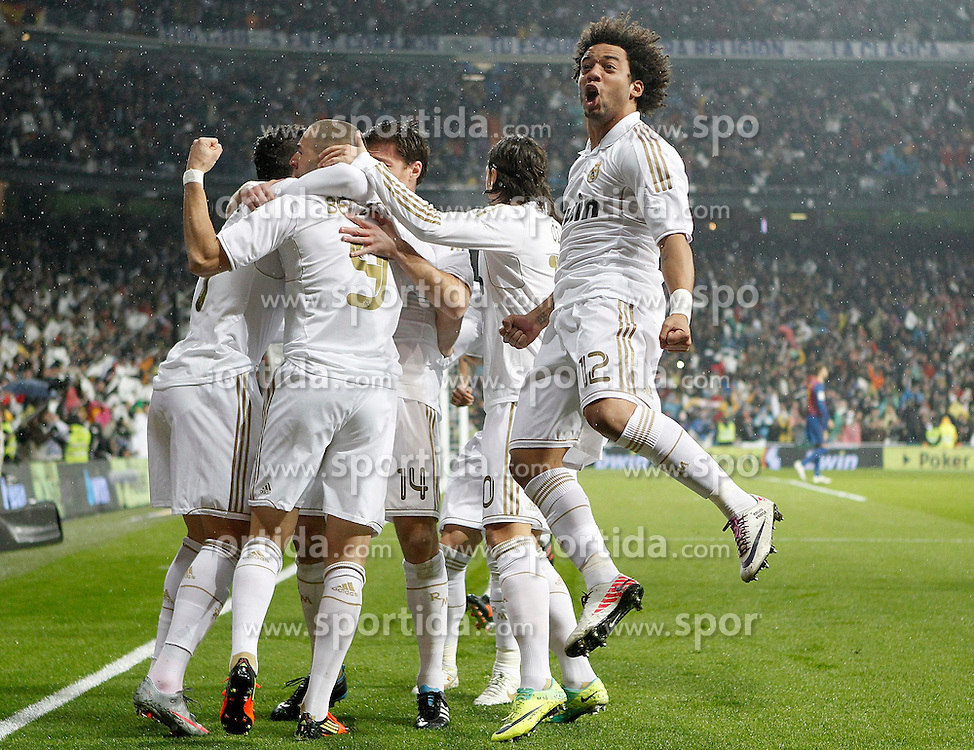 10.12.2011, Santiago Bernabeu Stadion, Madrid, ESP, Primera Division, Real Madrid vs FC Barcelona, 15. Spieltag, im Bild Real Madrid's Marcelo and Karim Benzema celebrate with other players // during the football match of spanish 'primera divison' league, 15th round, between Real Madrid and FC Barcelona at Santiago Bernabeu stadium, Madrid, Spain on 2011/12/10. EXPA Pictures © 2011, PhotoCredit: EXPA/ Alterphotos/ Alvaro Hernandez..***** ATTENTION - OUT OF ESP and SUI *****