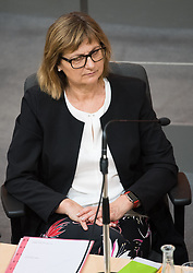 12.06.2019, Hofburg, Wien, AUT, Parlament, Nationalratssitzung, Sitzung des Nationalrates mit Vorstellung der Übergangsregierung, im Bild Nachhaltigkeits- und Tourismusministerin Maria Patek // Austrian Minister for Sustainability and Tourism Maria Patek during meeting of the National Council of austria at Hofburg palace in Vienna, Austria on 2019/06/12, EXPA Pictures © 2019, PhotoCredit: EXPA/ Michael Gruber