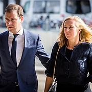 NLD/Amsterdam/20171014 - Besloten erdenkingsdienst overleden burgemeester Eberhard van der Laan, Lodewijk Ascher en partner Jildau Piena