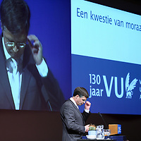 Nederland, Amsterdam , 6 september 2010..Op maandag 6 september wordt het academisch jaar 2010 - 2011 geopend met als thema 'Vrijheid in verantwoordelijkheid'. De opening is tevens de start van het 26ste lustrumjaar van de VU..Op de foto Jan Peter Balkenende, Minister-President en VU-alumnus aan het woord...Jan Peter Balkenende, Prime Minister and VU alumnus speaks at the opening of the academic year at the University of Amsterdam.