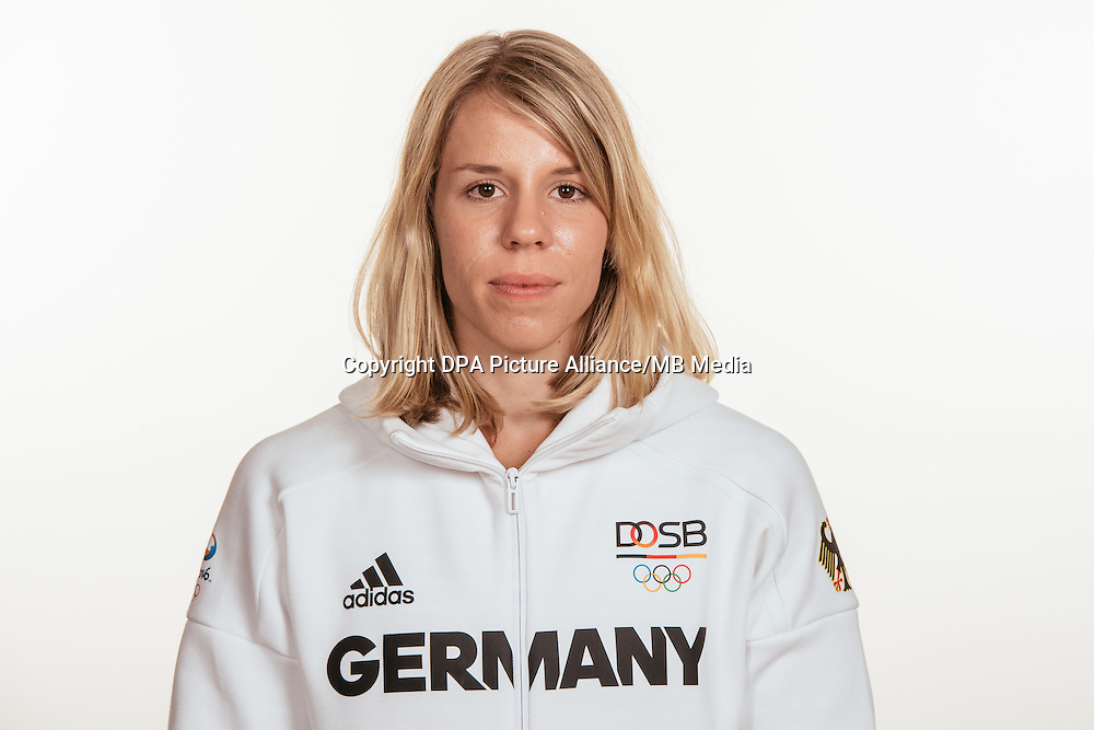 Lara Hoffmann poses at a photocall during the preparations for the Olympic Games in Rio at the Emmich Cambrai Barracks in Hanover, Germany, taken on 15/07/16 | usage worldwide