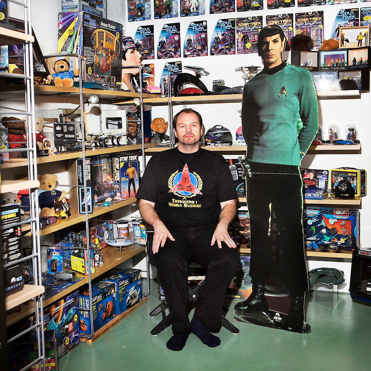 The Collector..Name: Kent Widström.Collect: Star Trek things. .Age: 38 years.Lives: In Eslöv, Sweden..Collect since: Started for about seven years ago..Dream object: A original starktrek ship from the sixtys. .