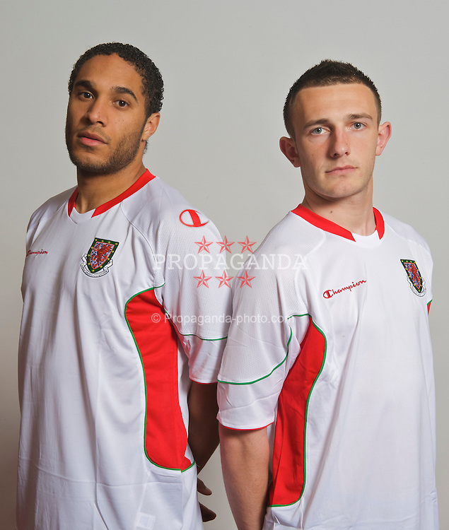 CARDIFF, WALES - Wednesday, March 25, 2009: Wales' Ashley Williams and Neal Eardley pose for a photograph in the new Champion away kit at the Vale of Glamorgan ahead of the 2010 FIFA World Cup Qualifying Group 4 match against Finland. (Pic by David Rawcliffe/Propaganda)