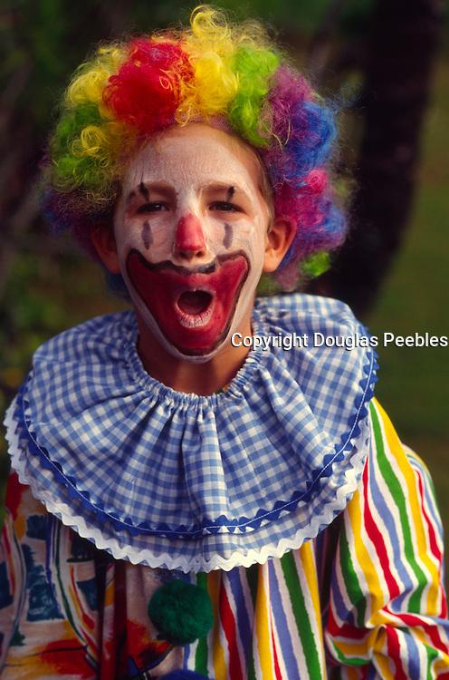 Boy, clown<br />