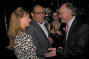 Clemmie Hambro, Bruce Oldfield and Michael Howard. Conservative fund raising dinner hosted  by Marco Pierre White and Franki Dettori at  Frankie's. Knightsbridge. 17 January 2004. ONE TIME USE ONLY - DO NOT ARCHIVE  © Copyright Photograph by Dafydd Jones 66 Stockwell Park Rd. London SW9 0DA Tel 020 7733 0108 www.dafjones.com