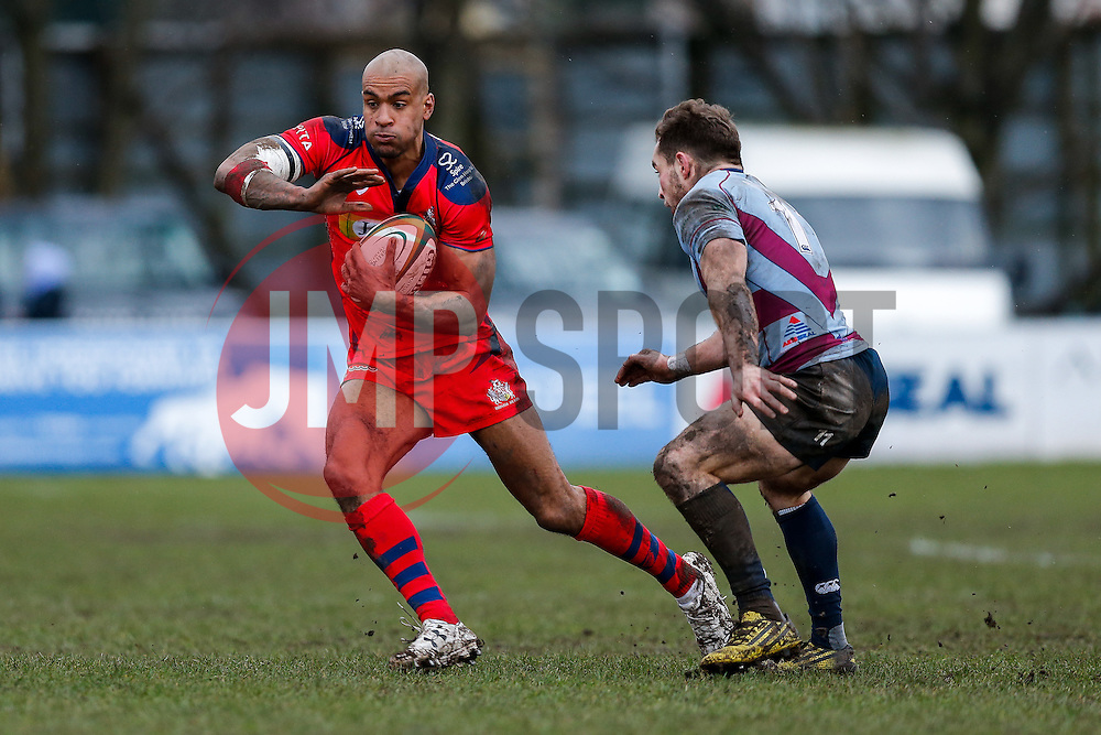 Bristol Rugby Winger Tom Varndell is challenged by Rotherham Titans Winger Sean Scanlon - Mandatory byline: Rogan Thomson/JMP - 06/02/2016 - RUGBY UNION - Clifton Lane - Rotherham, England - Rotherham Titans v Bristol Rugby - Greene King IPA Championship.