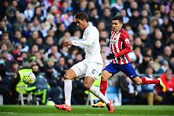 27.02.2016, Estadio Santiago Bernabeu, Madrid, ESP, Primera Division, Real Madrid vs Atletico Madrid, 26. Runde, im Bild varane (raphael), correa (angel) // during the Spanish Primera Division 26th round match between Real Madrid and Atletico Madrid at the Estadio Santiago Bernabeu in Madrid, Spain on 2016/02/27. EXPA Pictures © 2016, PhotoCredit: EXPA/ Pressesports/ PREVOST JEROME<br /> <br /> *****ATTENTION - for AUT, SLO, CRO, SRB, BIH, MAZ, POL only*****