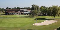 AMERICA (Neth.) - Golfbaan Golfhorst. Hole 18 met clubhuis. COPYRIGHT KOEN SUYK