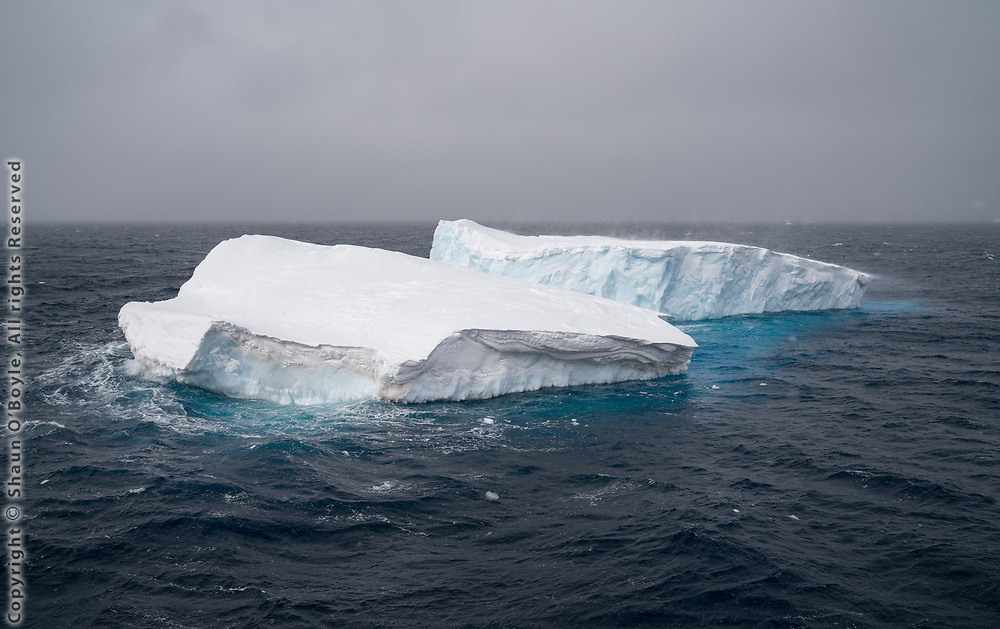 Approaching the Gerlache Strait, click on link at left for Gerlache Strait photos