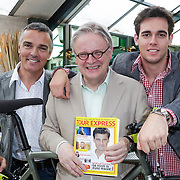 NLD/Amsterdam/20120614 - Presentatie wielerblad Tour Express,Louis Bovee en Jacques Hanegraaf en zoon Junior
