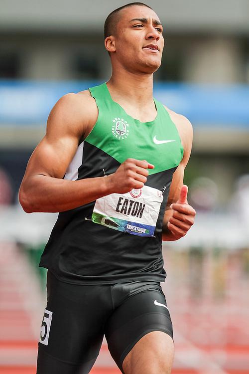 Ashton Eaton, Decathlon, 110 Hurdles, on his way to setting world record at USA Olympic Trials
