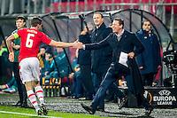 ALKMAAR - 08-12-2016, AZ - FC Zenit, AFAS Stadion, AZ speler Ben Rienstra heeft de 1-0 gescoord, Assistent trainer Leeroy Echteld (r), AZ trainer John van den Brom.
