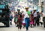 Chiapas, Altamirano. Profughi in fuga dagli scontri tra esercito e zapatisti.