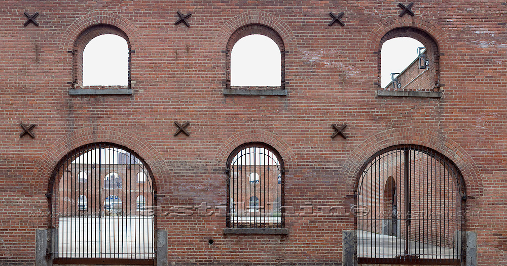Walls of Tobacco Warehouse.
