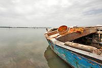 Taranto, maggio 2013.Baia Pescatori sulla litoranea interna Mar Piccolo, Strada Provinciale 78