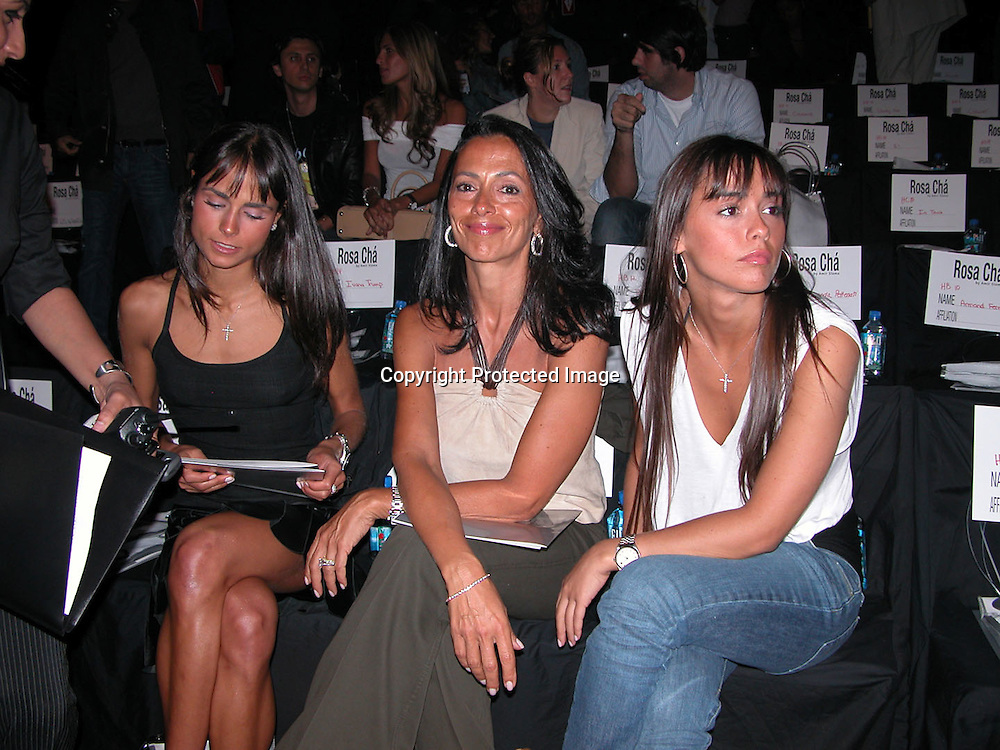 Jordana Brewster, Isabella Brewster and Maria Joao<br />