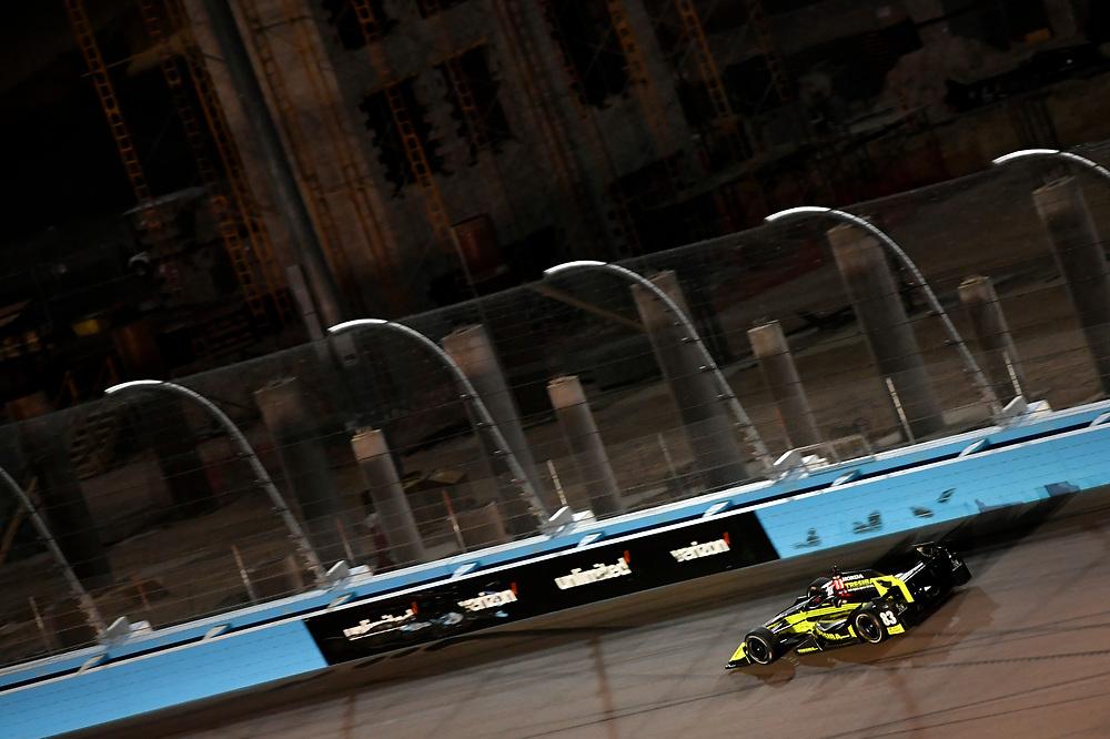 Verizon IndyCar Series<br /> Desert Diamond West Valley Phoenix Grand Prix<br /> Phoenix Raceway, Avondale, AZ USA<br /> Saturday 29 April 2017<br /> Charlie Kimball, Chip Ganassi Racing Teams Honda<br /> World Copyright: Scott R LePage<br /> LAT Images<br /> ref: Digital Image lepage-170429-phx-4246