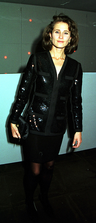 The COUNTESS OF CALEDON, at a party in London on 25th November 1999.MZJ 96
