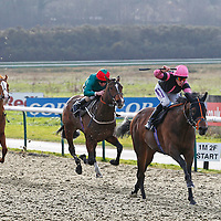 War Of Art and Richard Kingscote winning the 12.50 race