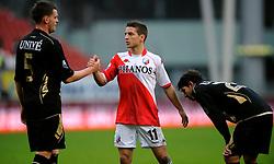 08-11-2009 VOETBAL: FC UTRECHT - HEERENVEEN: UTRECHT<br /> Utrecht verliest met 3-2 van Heerenveen / Dries Mertens en Michael Dingsdag<br /> ©2009-WWW.FOTOHOOGENDOORN.NL