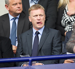 21.08.2011, Reebok Stadium, Bolton, ENG, PL, Bolton Wanderers FC vs Manchester City FC, im Bild Everton's manager David Moyes watches Bolton Wanderers take on Manchester City during the Premiership match at the Reebok Stadium, EXPA Pictures © 2011, PhotoCredit: EXPA/ Propaganda/ D. Rawcliffe *** ATTENTION *** UK OUT!