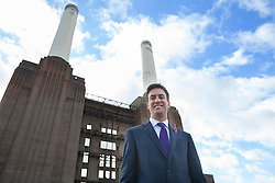 © licensed to London News Pictures. London, UK 05/11/2013. Ed Miliband delivering a speech at Battersea Power Station in London on the Labour party's plans to tackle low wages. Photo credit: Tolga Akmen/LNP