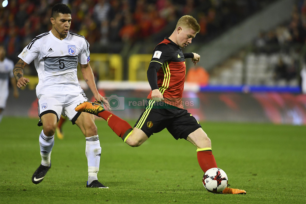 October 10, 2017 - Bruxelles, Belgique - Fanos Katelaris defender of Cyprus, Kevin De Bruyne forward of Belgium (Credit Image: © Panoramic via ZUMA Press)