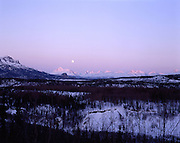 Moon, Full Moon, Moonrise, Winter, Ice, snow, Alaska Range, Denali, Denali National Park, National Park, Alaska