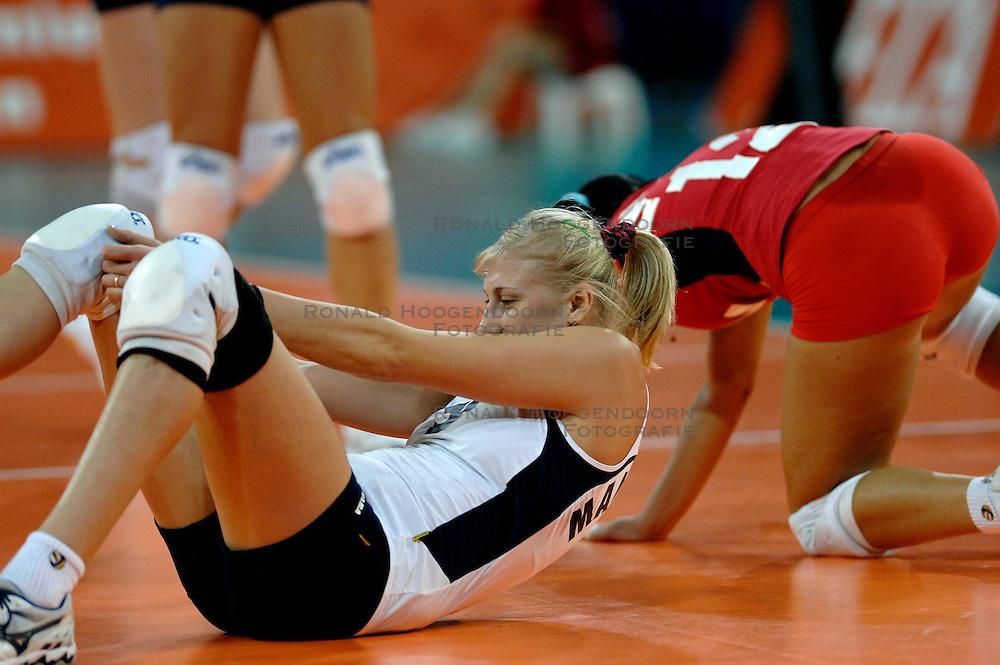 10-11-2007 VOLLEYBAL: PRE OKT: TSJECHIE - AZERBEIDZJAN: EINDHOVEN<br /> Tsjechie wint met 3-1 van Azerbeidzjan / Natalya Mammadova<br /> &copy;2007-WWW.FOTOHOOGENDOORN.NL